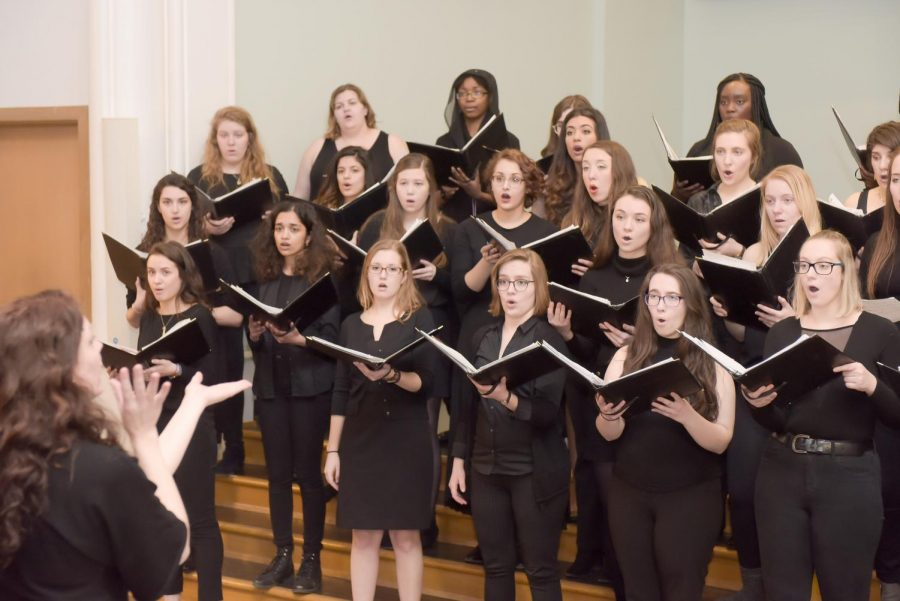 Treble Choir centers around Ave Maria