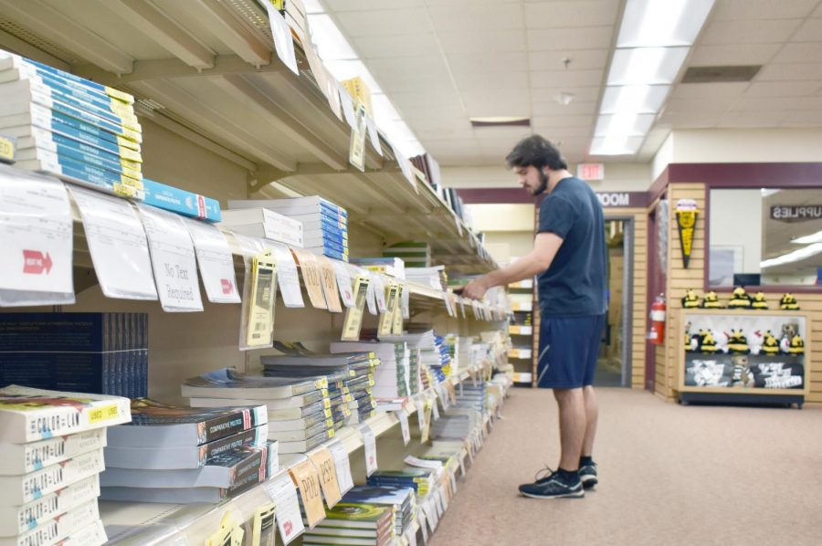 Bookstore making shift to digital
