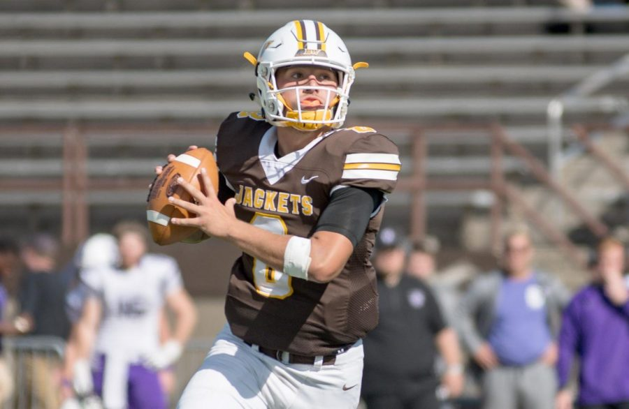 Freshman replaces Miller, throws 7 TDs in two games
