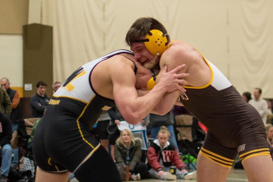 Wrestling Team wins at NCAA Tournament